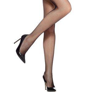 🌙 NEW! 🌙 HUE Fishnet Stockings